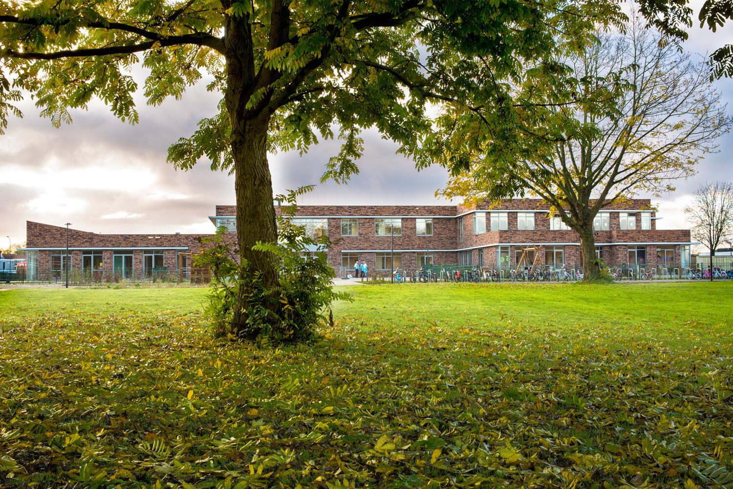 Brede School De Esdoorn